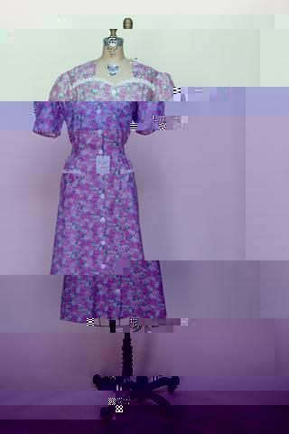 1940s day dress from Velvetyogurt